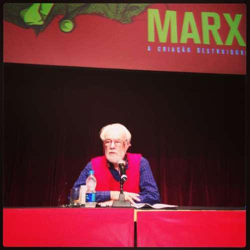 """David Harvey apresenta a conferência """"Para entender O capital"""", no encerramento do IV Seminário Margem Esquerda: Marx e O capital"""